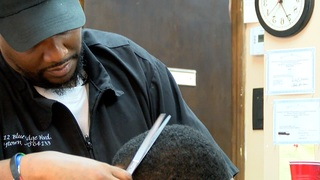 Barbershops offer free haircuts to stop violence