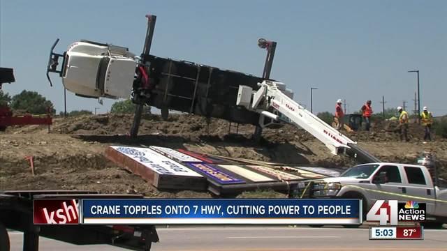 crane truck overturns blocks traffic in blue springs on 7 highway