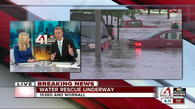 Half a foot of rain washes cars away in Kansas City
