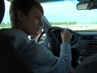 Teen drivers learn proactive driving skills
