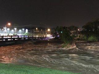Flash flooding shuts down several KC area roads