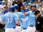 Brandon Moss slam lifts Royals over White Sox