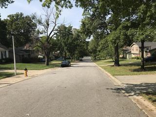 Crews to add sidewalks in Merriam neighborhood