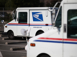 Mail carrier accused of drug trafficking