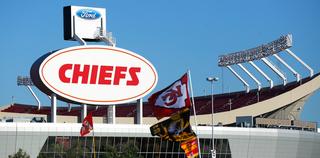 Chiefs/Raiders rivalry makes Gospel radio