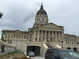 Plan for new Kansas prison in limbo
