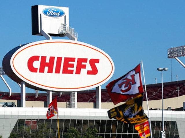 NFL Schedules Rams-Chiefs Mexico City Game For Nov. 19