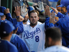 Report: Moustakas signs deal with Royals