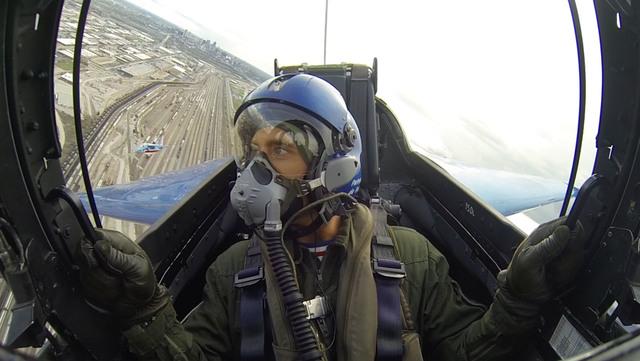 Mike in Patrouille De France jet