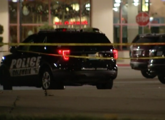 Thanksgiving mall shooting injures teen in Missouri