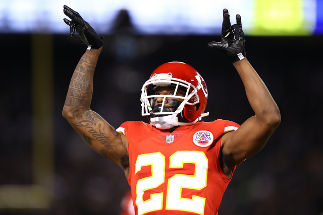 Chiefs Suspend Marcus Peters for One Game