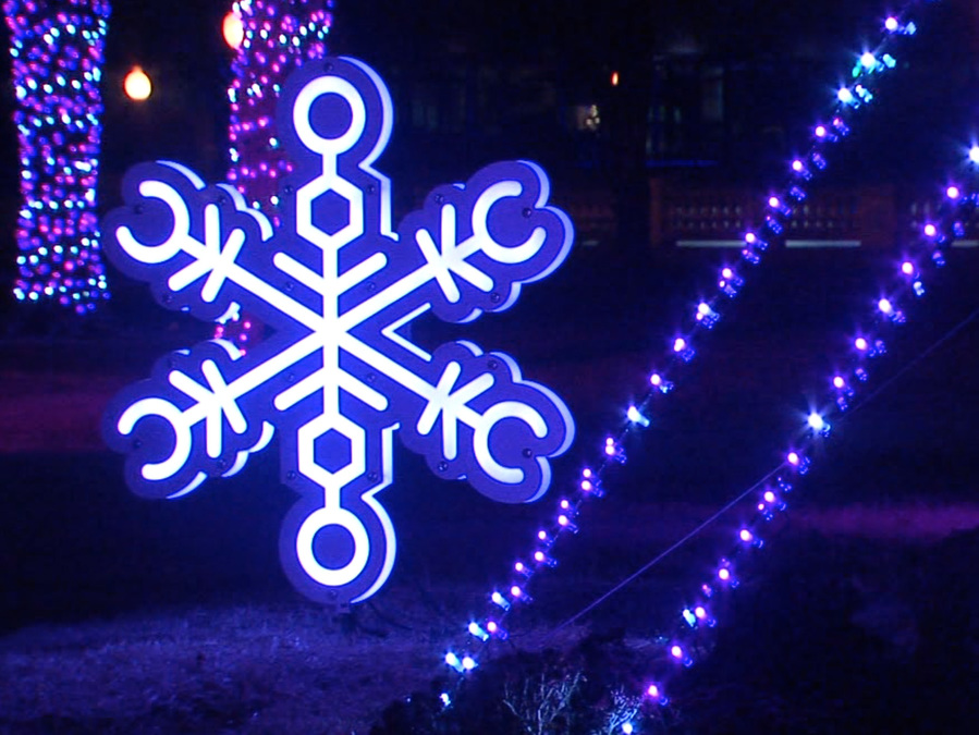 Local Company Helps Light The Holidays In KC   KSHB.com 41 Action News