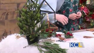 Make your own cinnamon stick ornament