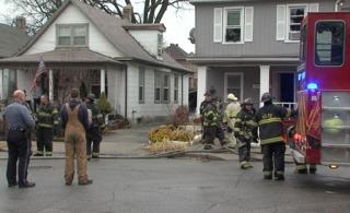 Man dies after duplex fire on 41st, Holly