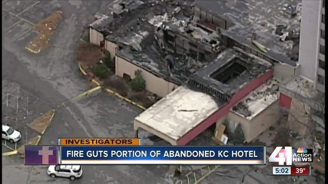 Abandoned Kcmo Hotel Goes Up In Flames