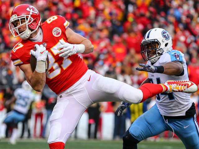 Chiefs tight end Travis Kelce withdraws from Pro Bowl