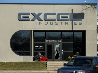 Pawn shop sued over 2016 KS business shooting
