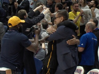 Graceland wins title on buzzer beater