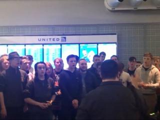 Kearney School choir sings to United Airlines