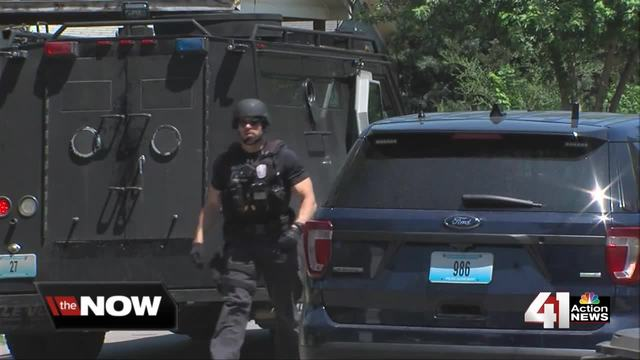 Man who allegedly threatened deputy in custody