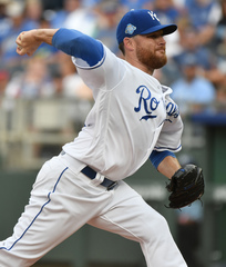 Royals spoil Kennedy's great start, lose late