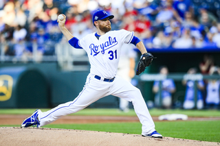 Royals drop seventh straight, lose to Texas 6-3