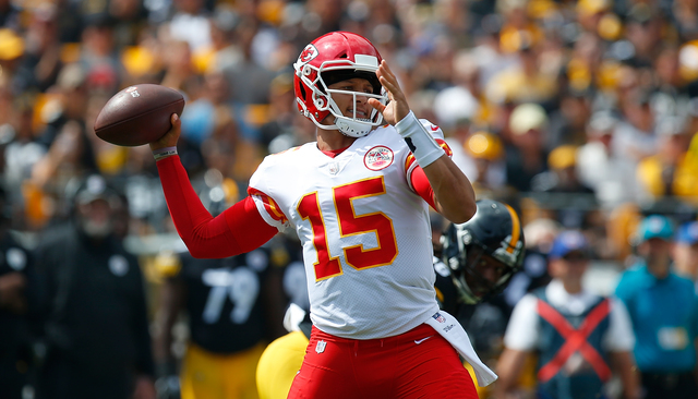 big sale e06e4 10292 Mahomes mania: Kansas City Chiefs' fans buying QB's jersey ...