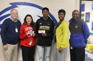 Hickman Mills offers cash to those in class