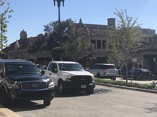 Customers describe chaos after gunshots on Plaza