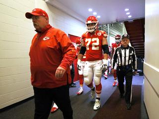 Chiefs coach Reid looks forward to playing in LA