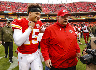 Chiefs' Mahomes courts ketchup controversy