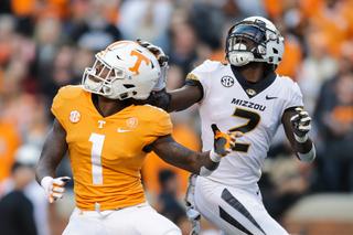 Missouri trounces Tennessee 50-17