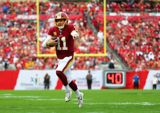 Redskins lose Smith for season to broken leg