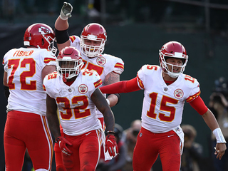 Chiefs return home for possible playoff berth